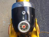 Vývozní (exportní) motocykl Jawa 50 typ 23 Golden Sport - světlomet Aprilia s tachometrem PAL a červenou kontrolkou dálkových světel