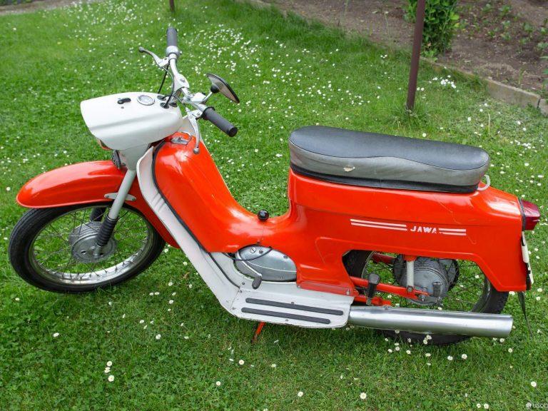Motocykl Jawa 50 typ 220 Pionýr z roku 1977