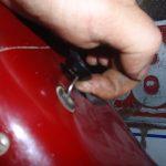 Bakelitový knoflík táhla obohacovače karburátoru Jikov 2912 (Jawa 550 pařez)