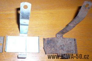 Jawa 550 Pionýr (pařez, pionier) - držák baterií pro klakson - první varianta