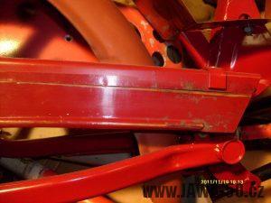 Linkování krytu řetězu Jawa 550 Pionýr (pařez)