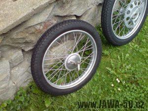 Přední kolo Jawa 550 pionýr (pařez)