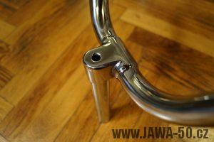 """Staré provedení řídítek, tzv. """"vlaštovky"""" Jawa 550 pionýr (pařez)"""
