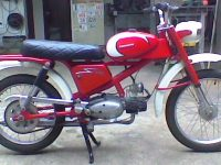 Brazilský motocykl Leonette 05-3 marchas Sport s motorem Jawa 05 Pionýr