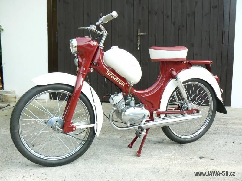 Moped Stadion S22 (Jawa 552) - starší provedení