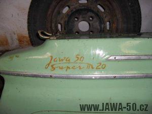 Jawa 50 Super M20 - vývozní provedení pro Maďarsko (detail nápisu na zadním blatníku)