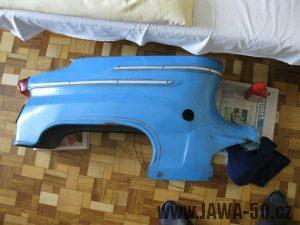 Motocykl Jawa 05 z roku 1962 v původním stavu - zadní blatník