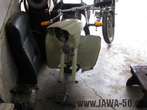 Motocykl Jawa 05 z roku 1962 v původním stavu - rozebírání, čištění