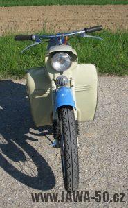 Motocykl Jawa 05 z roku 1962 v původním stavu