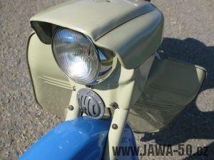 Motocykl Jawa 05 z roku 1962 v původním stavu - maska světlometu, světlomet, klakson