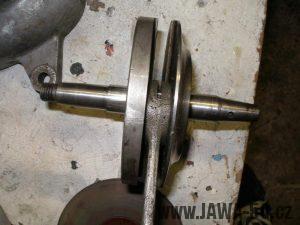 Upravený motor Jawa 05 s rotačním šoupátkem - odlehčená klikovka