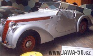 Automobil Jawa Minor kabriolet na výstavě NTM v Praze k 70. výročí vzniku značky Jawa