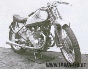 Motocykl Jawa 500 OHV dvouvalec s kompresorem