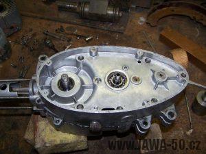 Složené bloky motoru Jawa 20