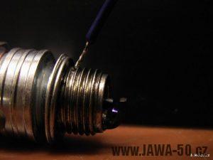 Fotka hotového tyristorového zapalování pro Jawa 50 Pionýr - jiskra na svíčce