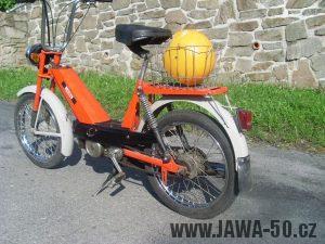 Vývozní moped Jawa 50 typ 207-356 Babetta - zadní část
