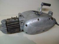 Nejstarší provedení motoru Jawa 550 pařez