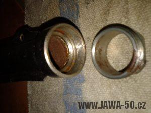 Vývozní provedení výfuku Jawa 20 se šroubením