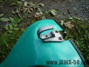 Pevný jednodílný háček pro přepravu zavazadla Jawa 05, 20 ,21