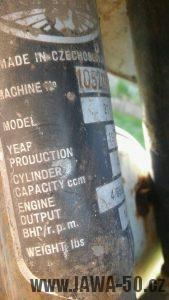 Jawa 50 typ 21 vývoz pro USA výrobní štítek s výkonem 4 BHP