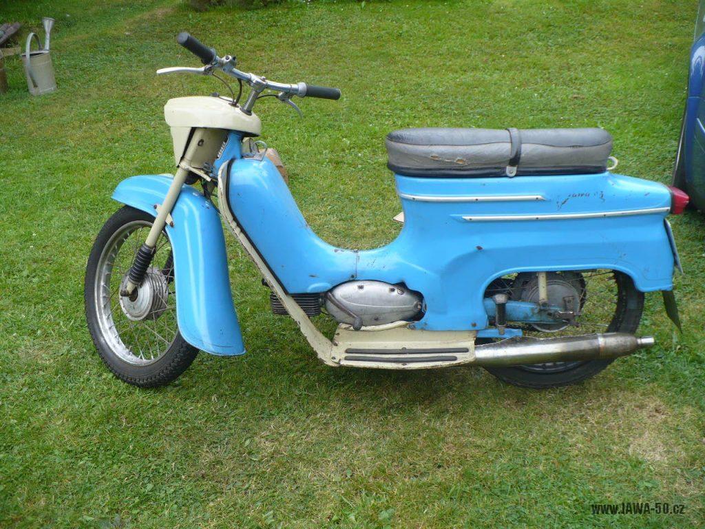 Přechodné provedení motocyklu Jawa 50 typ 05 Pionýr z roku 1964