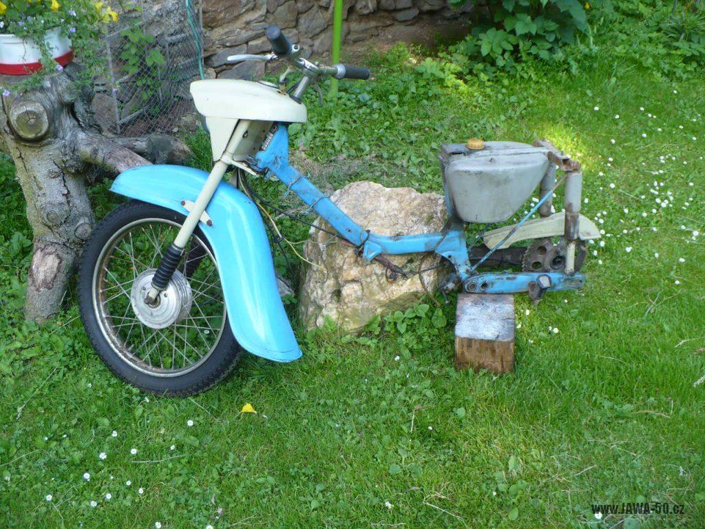 Přechodné provedení motocyklu Jawa 50 typ 05 Pionýr z roku 1964 - rám