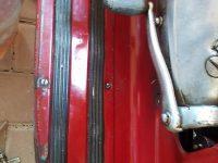 Motocykl Jawa 555 ve skútrovém provedení z roku 1962 - podlážka revmaplechu