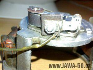 Zapalování (alternátor) motocyklu Jawa 05 s výrobním číslem 05-6120-F