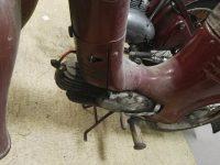 Motocykl Jawa 50 typ 555 Pionýr z roku 1960 v původním stavu - dvířka prsíček