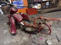 Motocykl Jawa 50 typ 555 Pionýr z roku 1960 v původním stavu - rám (kostra)