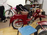 Motocykl Jawa 50 typ 555 Pionýr z roku 1960 v původním stavu - po repasi