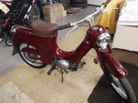 Motocykl Jawa 50 typ 555 Pionýr z roku 1960 v původním stavu - po složení