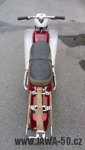 Vývozní (exportní) motocykl Jawa 05 Standard z roku 1965 pro východní Německo - nosič zavazadel ze Simsona Schwalbe