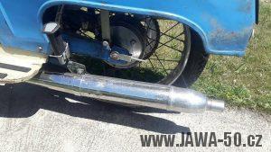 Motocykl Jawa 05 Pionýr z roku 1962 v originálním stavu - výfuk