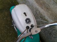 Motocykl Jawa 21 Sport (Pionýr) z roku 1976 (čtvrtá etapa) - maska světlometu s tachometrem