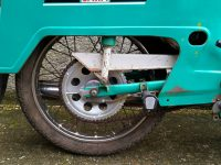 Motocykl Jawa 21 Sport (Pionýr) z roku 1976 (čtvrtá etapa) - kyvná zadní vidlice s krytem řetězu