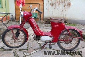 Nejstarší dochovaný kus motocyklu Jawa 550 Pionýr (pařez) v původním originálním stavu