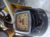 První provedení vývozního motocyklu Jawa 50 typ 23A Golden Sport - tachometr v mílích