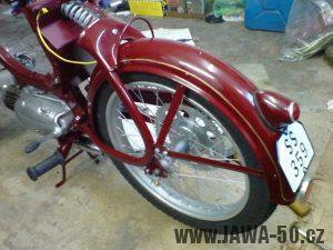 Renovace Jawa 550 Pionýr z roku 1958 - zapojování elektroinstalace