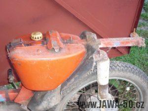Úprava rámu Jawa 05 pro krátké sedadlo a nosič