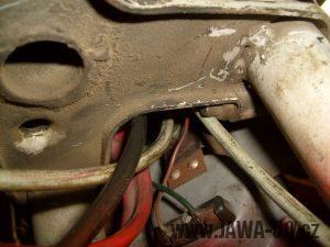 Jawa 50 typ 220 Pionýr - poslední provedení přední vidlice