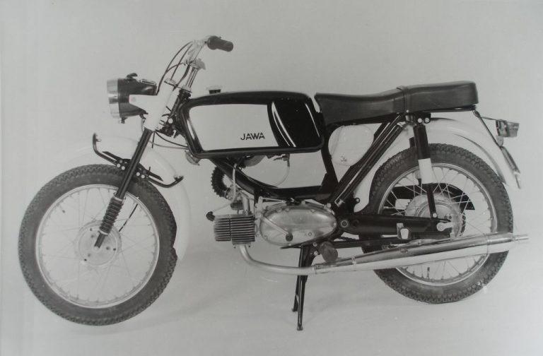 Jawa 50 typ 23A Mustang - první provedení 1968