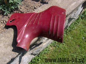 Linkování pravého bočního plechu Jawa 550 pionýr