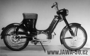 Jawa 50 typ 550 Pionýr (pařez)