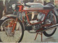 Italský motocykl Italjet Vampiro s motorem Jawa 05 Pionýr