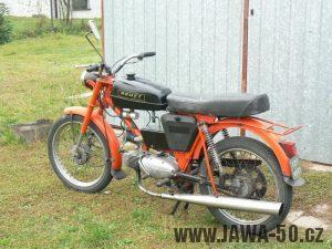 Polský motocykl Romet Ogar 200 s motorem Jawa 50 typ 20 Pionýr