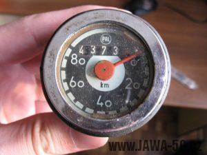 Motocykl Jawa 05 z roku 1962 v původním stavu - tachometr