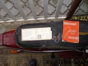 Vývozní (exportní) motocykl Jawa 50 typ 05 Pionýr z roku 1963 pro USA a Kanadu s ukazateli směru, brzdovým světlem a plexi štítem - originální technický průkaz