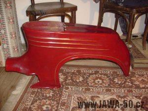 Restaurování zlatých linek Jawa 555 - hotovo
