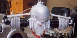 Letecký motor Jawa na výstavě NTM v Praze v roce 1999 k 70. výročí vzniku značky Jawa